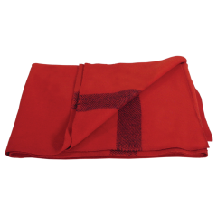 02-8646016000-big-red-blanket-main